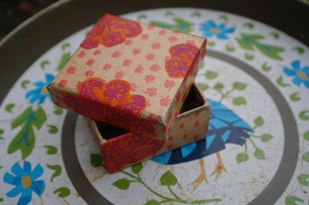 Paper decorated/decoupage box