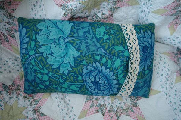 William Morris print fabric, Chrysanthemum, Cushion cover