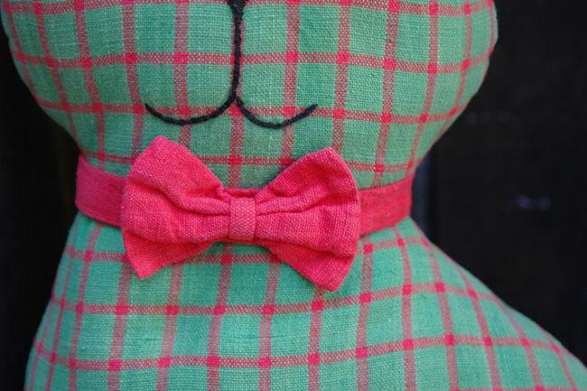 A dashing bow tie.
